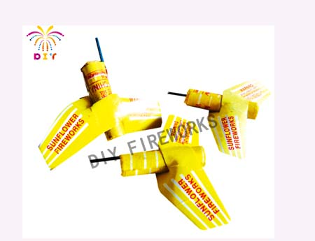 NIGHE FLYING PLANE FIREWORKS
